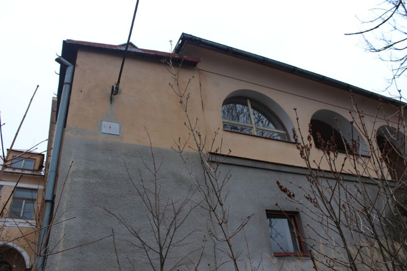 Kamenicky_Senov_dolni_skolal_04