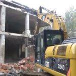 Sovětské ruiny v Ralsku jdou k zemi, zmizí i vojenské letní kino