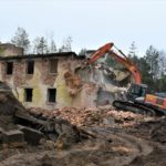 Ruiny, které zůstaly po sovětské armádě, z Ralska pomalu mizí