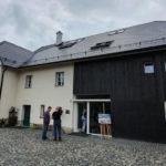 Původní hospodářské stavení v Brništi se proměnilo v Centrum inkluzivního vzdělávání Včelín